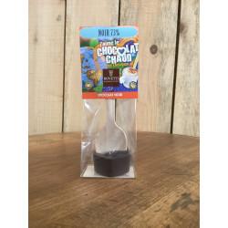 Cuillère de chocolat noir pour boisson chocolatée